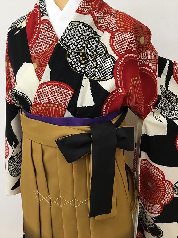 袴(ハカマ)のレンタル始めます!(卒業式の思い出に・・・)